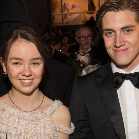 Qui est le petit ami d'Alexandra de Hanovre, la fille de Caroline de Monaco, qui l'accompagnait au bal de la rose?