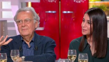 VIDEO – Leïla Bekhti, heureuse de retrouver Bernard Pivot 25 ans après leur première rencontre pour un concours d'orthographe