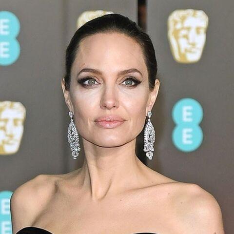 Angelina Jolie de nouveau en couple… et son compagnon n'appartient pas au showbiz