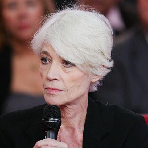 «Bouleversée», Françoise Hardy a «pleuré à chaudes larmes» lors de l'hommage à Johnny Hallyday