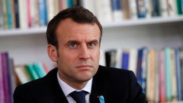 VIDEO – «Je suis courtois vous, non»: Emmanuel Macron, pris à parti s'énerve