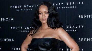 PHOTOS – Rihanna ultra sexy, elle sublime ses rondeurs dans des robes courtes et décolletées