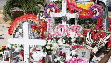 Le cadeau symbolique des fans de Johnny Hallyday sur sa tombe