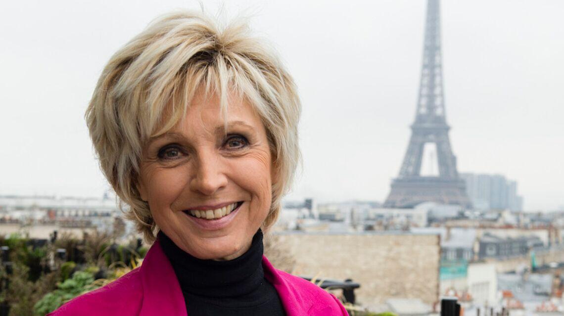 À 70 ans, Evelyne Dhéliat révèle les secrets de sa ligne impeccable