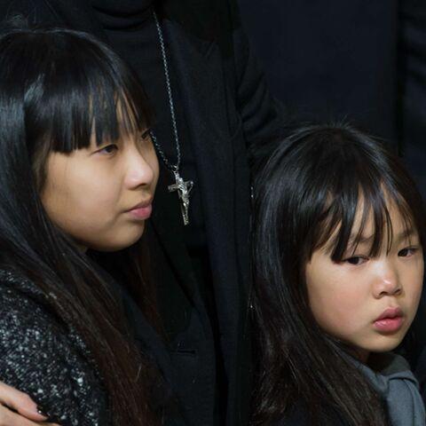 PHOTOS – Jade et Joy Hallyday, apaisées, font du bateau: les fillettes prennent le large loin des inquiétudes sur l'héritage de Johnny