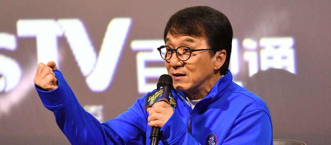 La fille de Jackie Chan SDF accuse son père de l avoir mise à la porte  parce qu elle est homosexuelle - Gala 7de67751ab1d