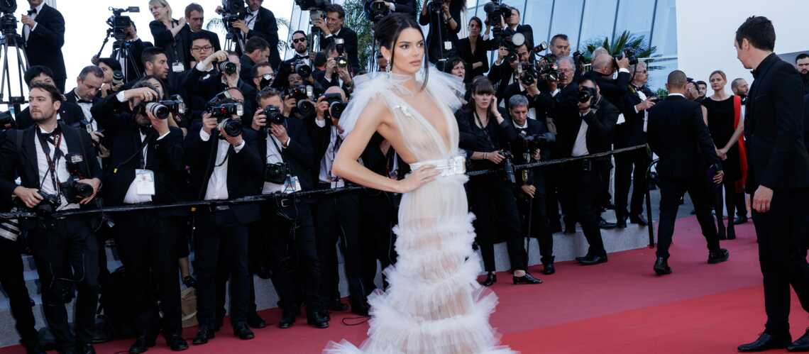 See Photos With 2018 Photos: Cannes 2018 : Kendall Jenner, Décolleté