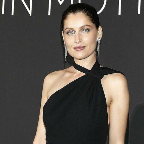 PHOTOS – Laetitia Casta, fatale en robe longue fendue, a subjugué Cannes