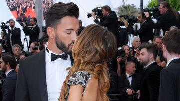 PHOTOS – Nabilla, en robe dos nu (très) échancrée, échange un baiser de cinéma avec Thomas