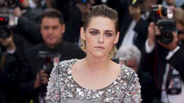 PHOTOS – Kristen Stewart, sa robe suggestive enflamme la Croisette