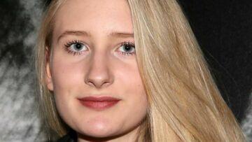 Louise, fille de Guillaume et petite-fille de Gérard Depardieu, suit les traces de son défunt papa