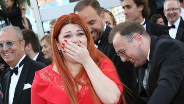 PHOTOS – Cannes 2018: catastrophe sur le tapis rouge, une femme perd sa robe et termine en culotte