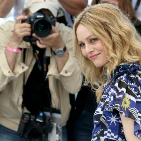 PHOTOS – Vanessa Paradis radieuse en robe Chanel: son look fait l'unanimité