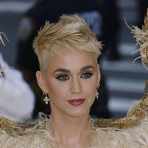 Katy Perry choque en critiquant la robe de mariée de Meghan Markle