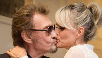 VIDEO – Laeticia Hallyday a vécu 14 années difficiles avec Johnny