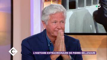VIDÉO – Le fils de Pierre Bellemare en larmes: l'émotion contagieuse sur le plateau de C a vous