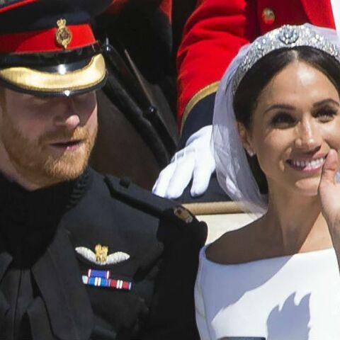 Trop chou! La reine a sa photo inédite de Meghan Markle et Harry sur son bureau