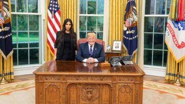 PHOTOS – Quand Kim Kardashian rencontre Donald Trump à la Maison Blanche: Internet s'enflamme