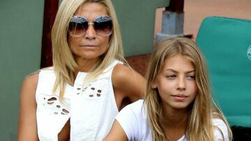 PHOTOS – Roland-Garros: Stella, la fille de Jean-Paul Belmondo a bien grandi et ressemble à sa maman