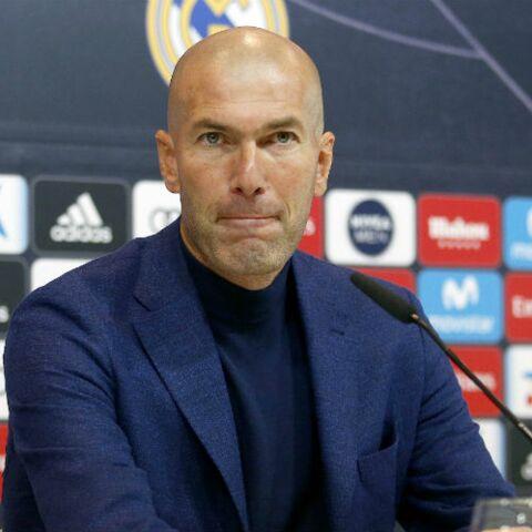 PHOTOS \u2013 Zinédine Zidane sexy avec le crâne rasé  son