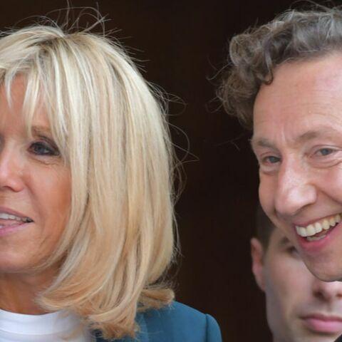 PHOTOS – Brigitte Macron et Stéphane Bern, très complices à l'Elysée sous les yeux du président