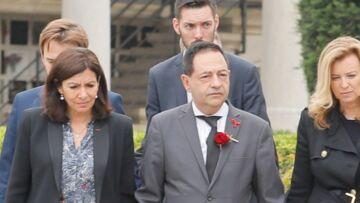 PHOTOS – Obsèques de Christophe Michel: son mari Jean-Luc Romero effondré mais soutenu par Valérie Trierweiler et Anne Hidalgo