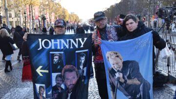 Hommage à Johnny Hallyday: six mois après, la ferveur des fans ne retombe pas
