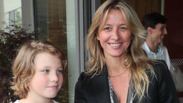 PHOTOS – Sarah Lavoine: En plein divorce, elle profite d'un moment de détente à Roland-Garros avec son fils Roman
