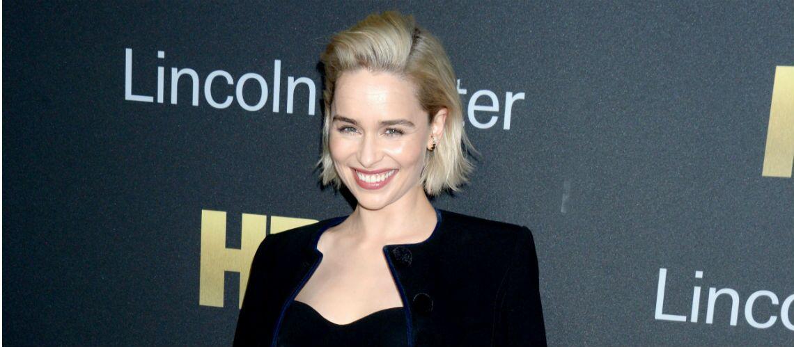 Cheveux: comment passer au blond polaire?