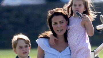 PHOTOS – Kate Middleton très proche de ses enfants George et Charlotte: la jeune maman couve ses aînés