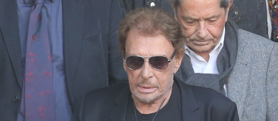 Johnny Hallyday mal en point aux obsèques de Mireille Darc: son ami Jean-Jacques Debout frappé par sa transformation physique