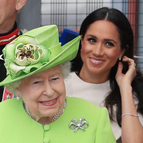PHOTO – Découvrez la 1e image de Meghan Markle, tout sourire, au côté de la reine