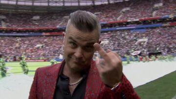 Mondial 2018: Robbie Williams fait un doigt d'honneur en pleine cérémonie