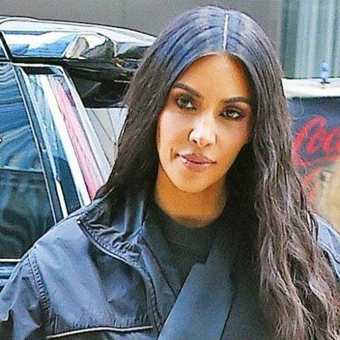 PHOTOS – Coloration: Kim Kardashian passe aux cheveux bleus, la couleur tendance de l'été 2018!