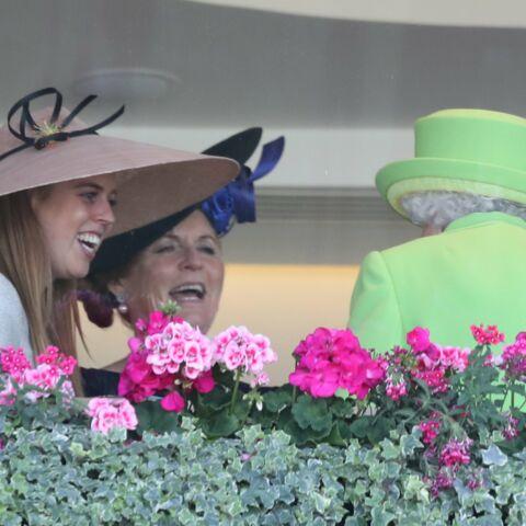 Une scandaleuse ex-membre de la famille royale fait son retour aux côtés d'Elisabeth II