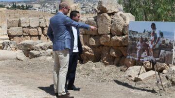 Le prince William en Jordanie, surpris par une étonnante photo de Kate Middleton qui refait surface