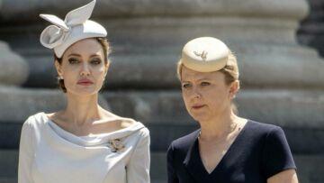 PHOTOS – Angelina Jolie, toujours en guerre avec Brad Pitt: la faute à sa conseillère de l'ombre, Arminka Helic?