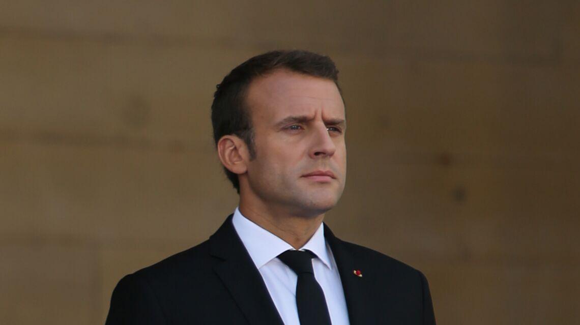 VIDEO – Loin de Brigitte Macron, Emmanuel mouille la chemise dans une boîte de nuit au Nigeria