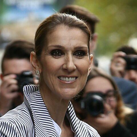 PHOTO – Le look de Céline Dion en pyjama rose et mules détonne
