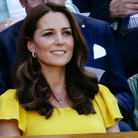 PHOTOS – Kate Middleton ose la robe jaune à Wimbledon aux côtés du prince William et elle est ravissante