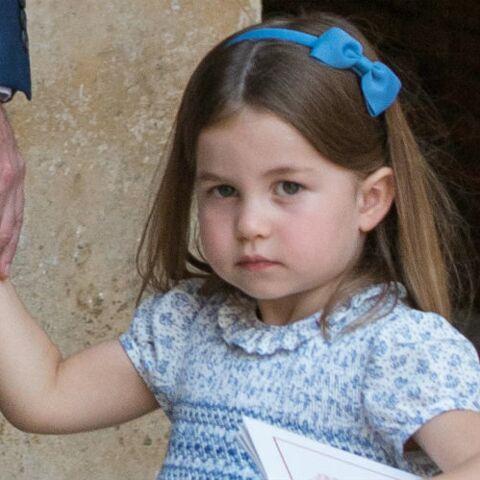 PHOTOS – Le serre-tête fétiche de la princesse Charlotte est dispo et ne coûte que 8 €