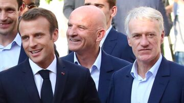 Photo d'Emmanuel Macron surexcité en tribunes : la réaction (très drôle) de Didier Deschamps