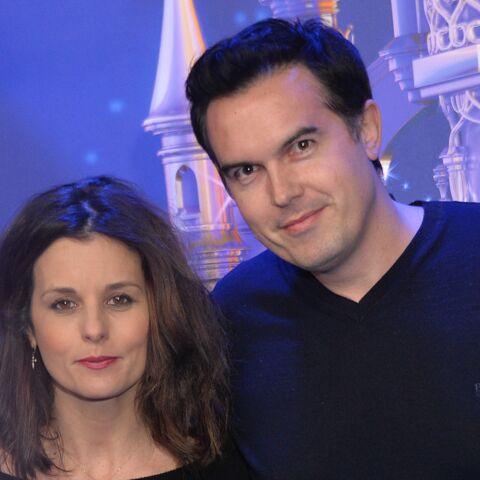 PHOTOS – Faustine Bollaert dévoile ses jolies photos de vacances avec ses enfants et son mari Maxime Chattam