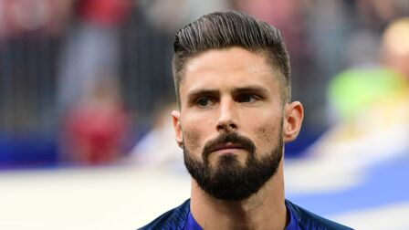 Photo olivier giroud a enfin tenu son pari une semaine for Olivier giroud squadre attuali