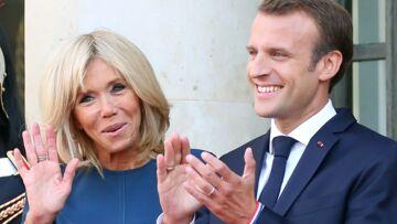 VIDEO – Quand Brigitte Macron, très en forme, fait découvrir Versailles à des enfants