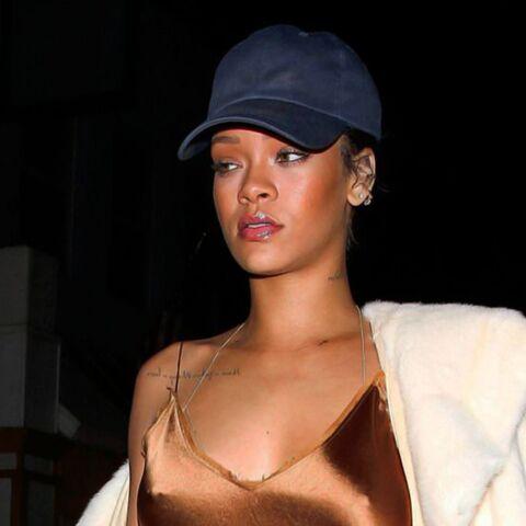 PHOTOS – Casquettes et visières: adoptez l'accessoire star de l'été 2018 comme Rihanna et Bella Hadid