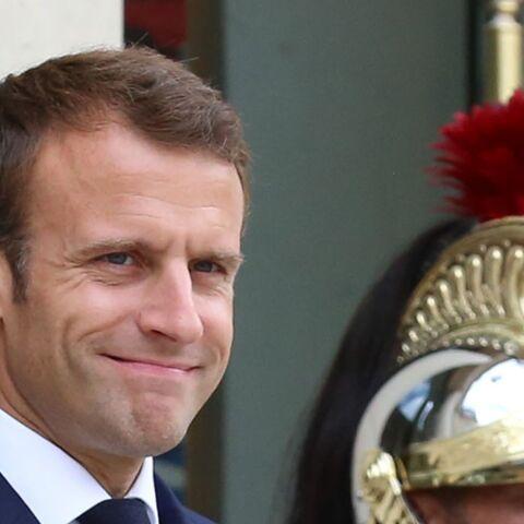 Emmanuel Macron face à la polémique, il va à la rencontre des Français: «Je suis avec les gens, on est heureux et tout va bien»