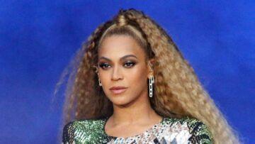 """Beyoncé pesait près de 100 kilos lorsqu'elle a accouché de ses jumeaux: """"j'étais enflée de partout"""""""