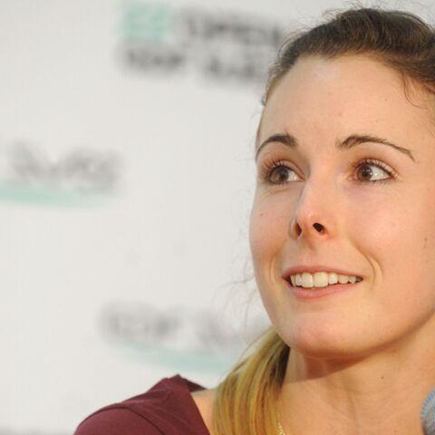 VIDEO – La joueuse de tennis Alizé Cornet s'en prend à son petit ami sur le cours, gros malaise…