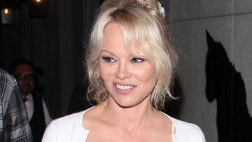 """Pamela Anderson amoureuse: Adil Rami répond à sa """"beauty"""" avec une photo sensuelle"""